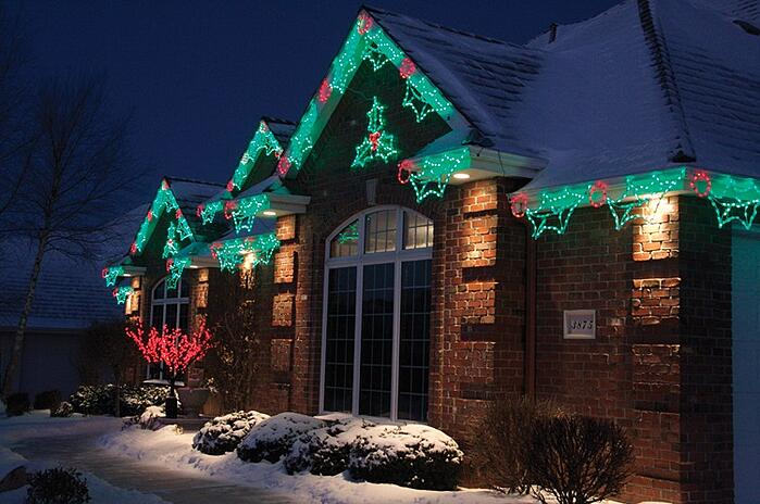 How much does outdoor holiday lighting cost for Professional outdoor christmas decorations