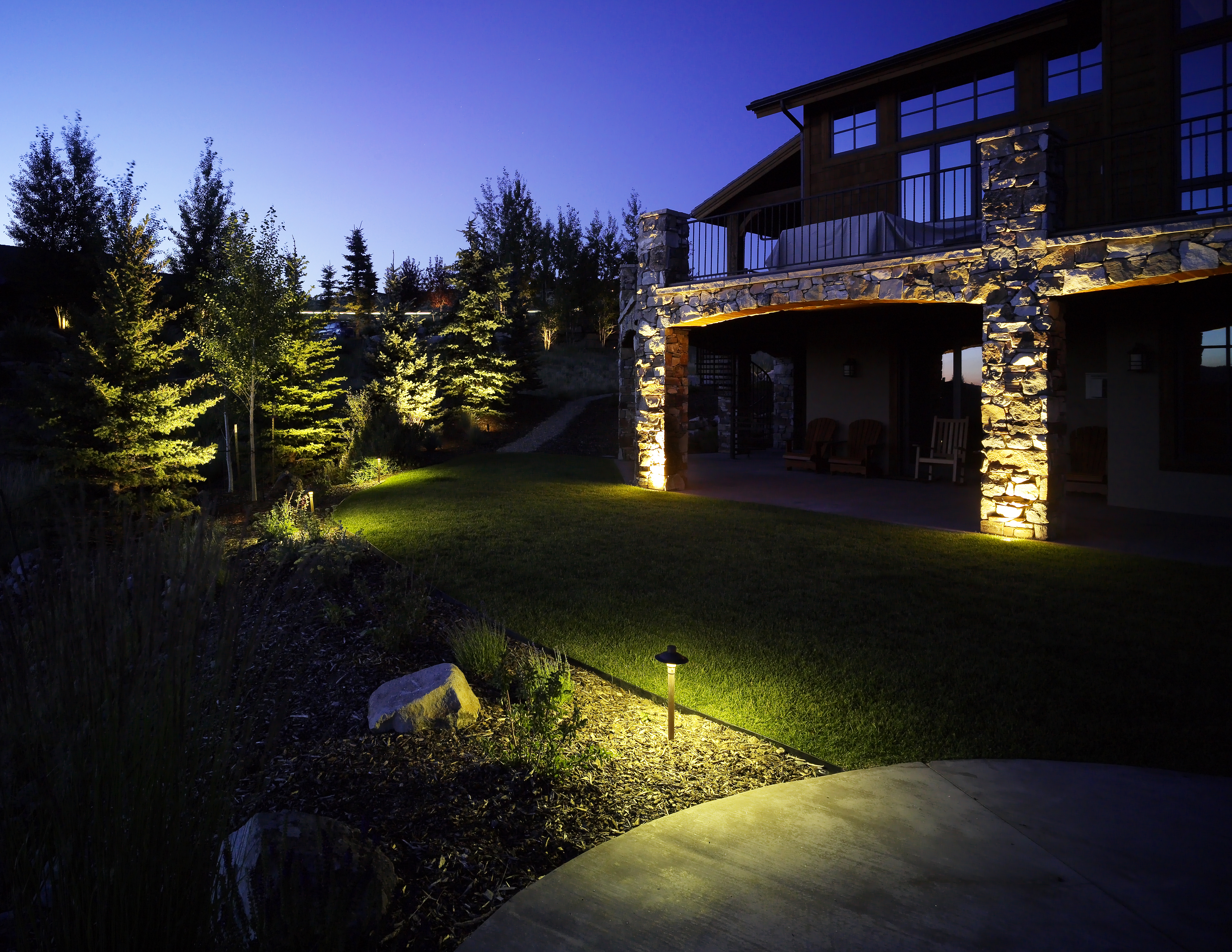 7 Landscape Lighting Maintenance Tasks To Keep Your Residence Glowing This Winter