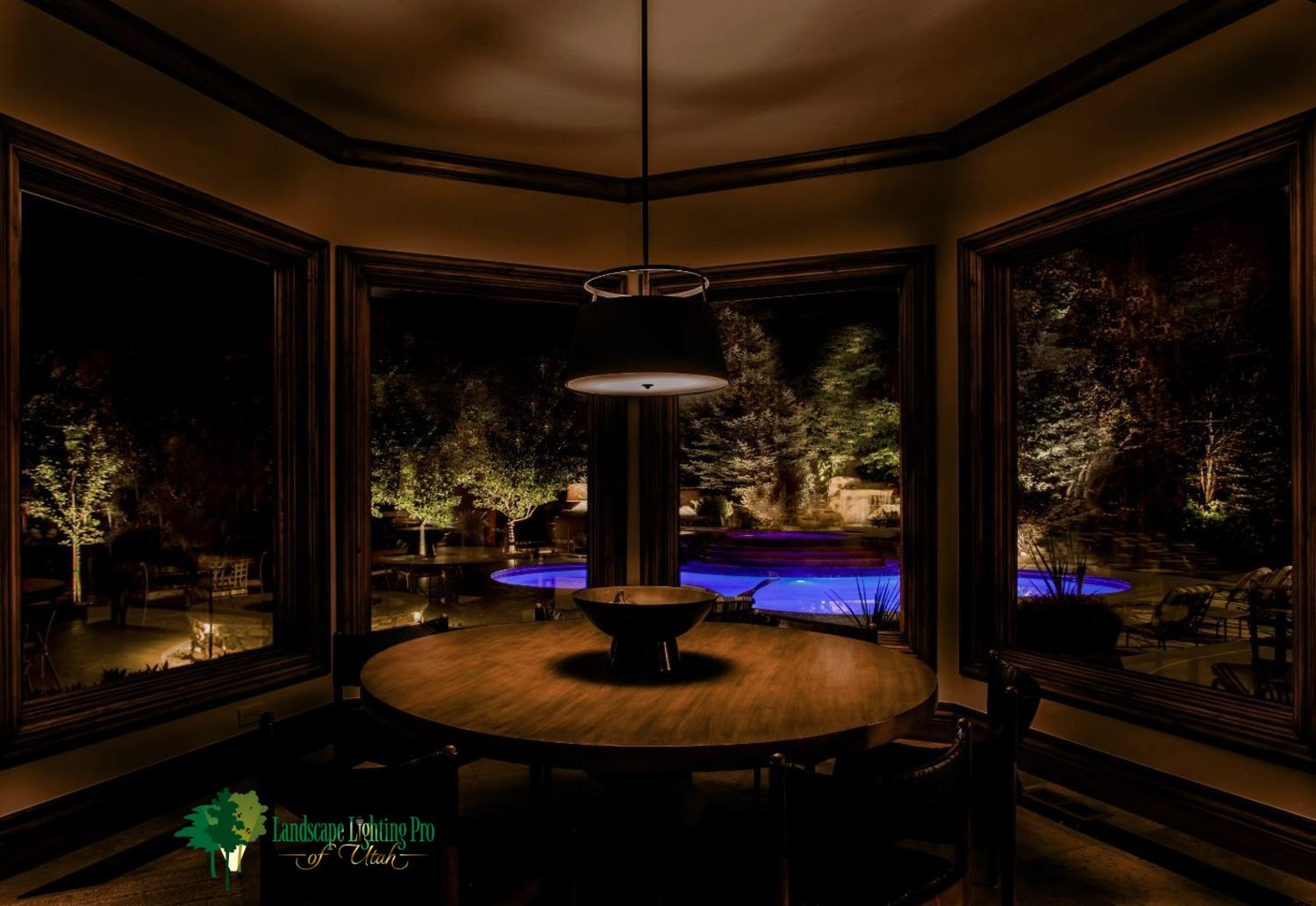 Holladay-Security-Beauty-Landscape-Lighting