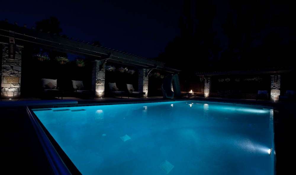 back-drop-pool-lighting