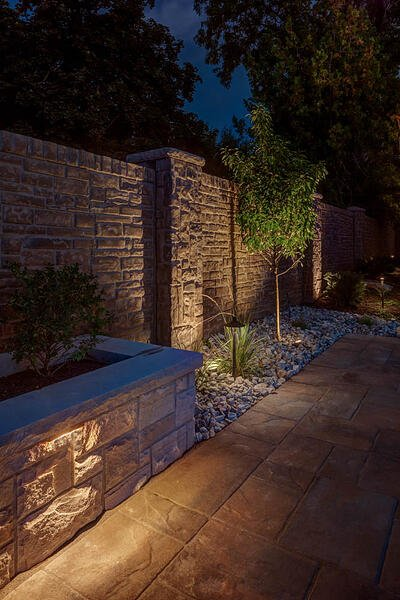flood lights for house and tree