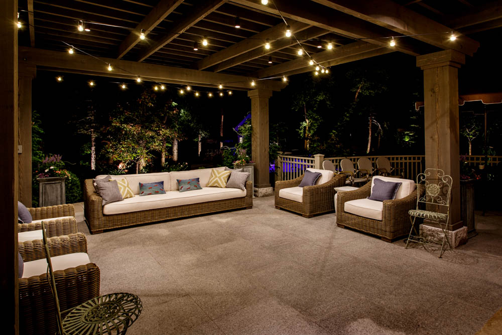 Warm weather stirs us out of hibernation; itu0027s only natural to find excuses to spend more time outside. Thoughts of summer nights inspire you to get crafty ... & The Bright Ideas Blog | Landscape Lighting Pro of Utah