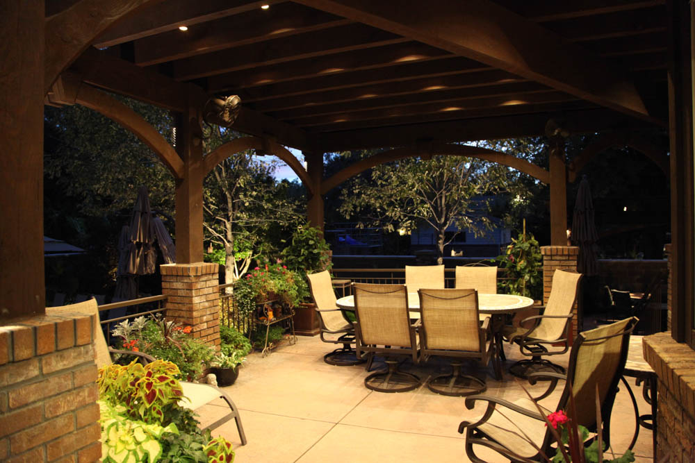 Pergola patio lighting