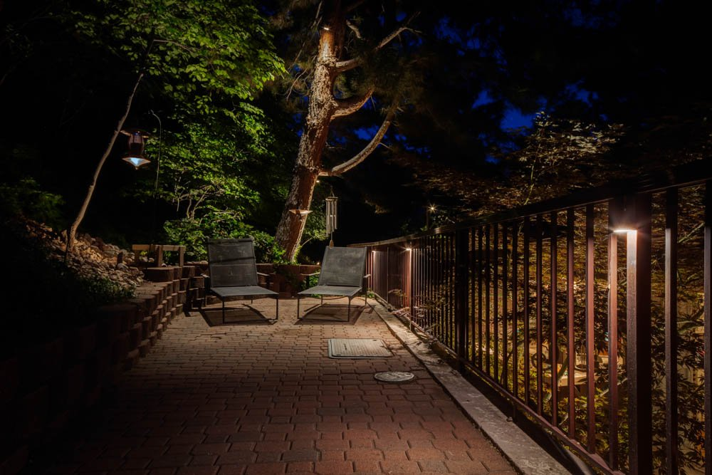 Downlighting Vs Uplighting When Do You Need Each In Your Landscape