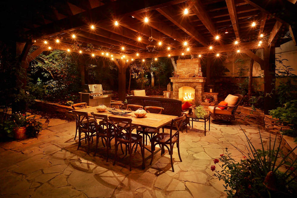 Patio pergola & deck lighting